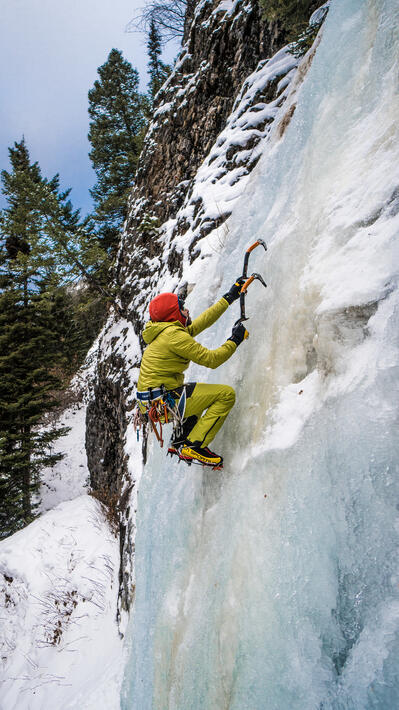 Ice climbing seated position