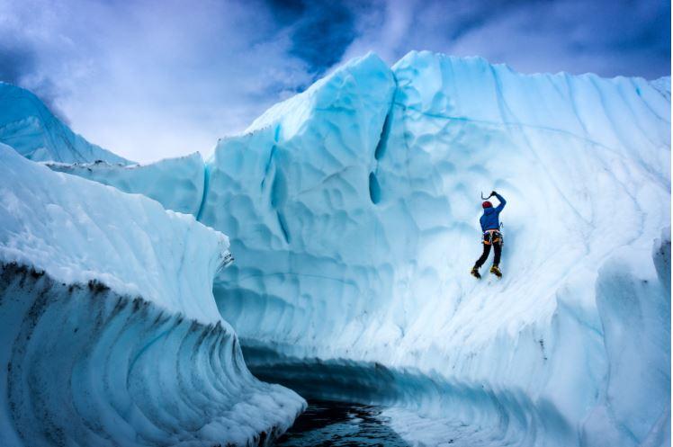 Ari Ice Climbing